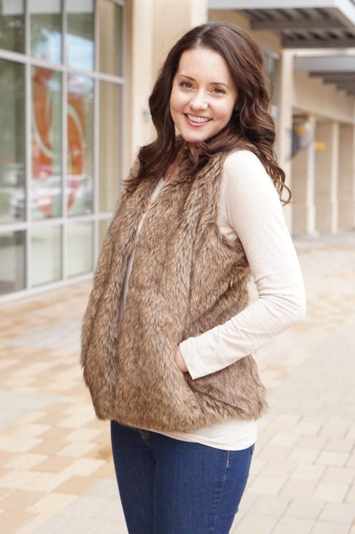 Fun & Cozy Winter Fur Look
