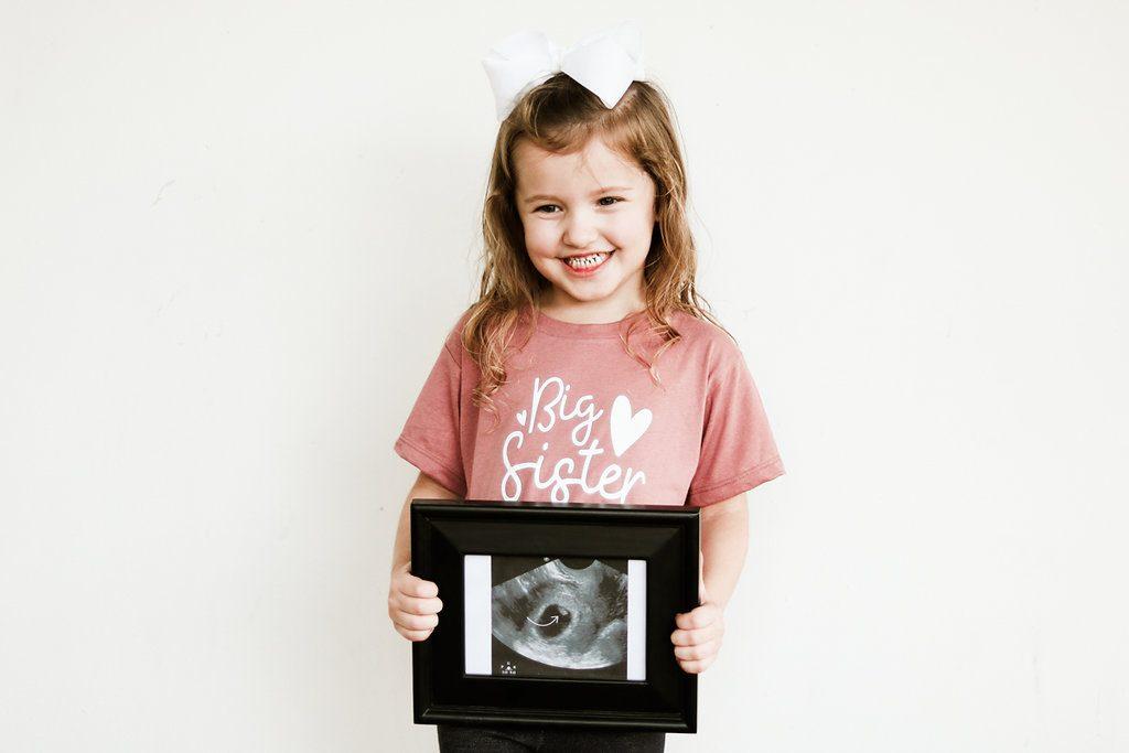 pregnancy announcement, pregnancy reveal, pregnancy announcement photos